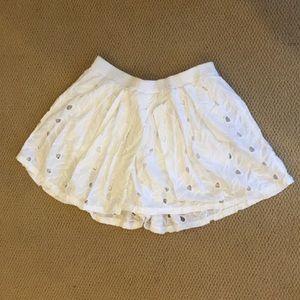 House of Harlow White Shorts/Skirt